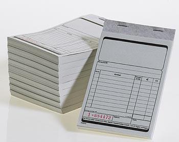 Karton mit 10 Kassenblöcke