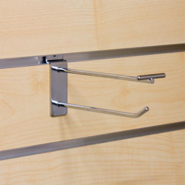 Einzelhaken mit Vorrichtung für Pendeltasche